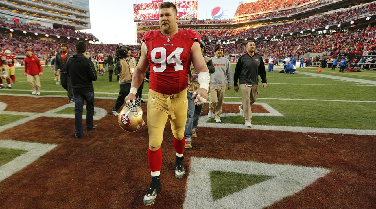 San Francisco 49ers defensive lineman Justin Smith announces retirement