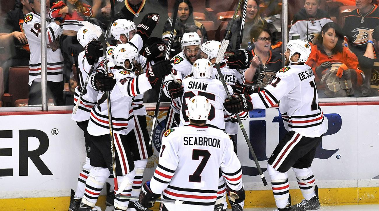 chicago blackhawks beat anaheim ducks