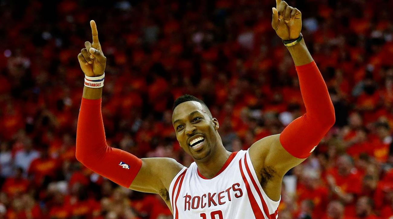 Hobbled Rockets center Dwight Howard starts Game 2 vs. Warriors
