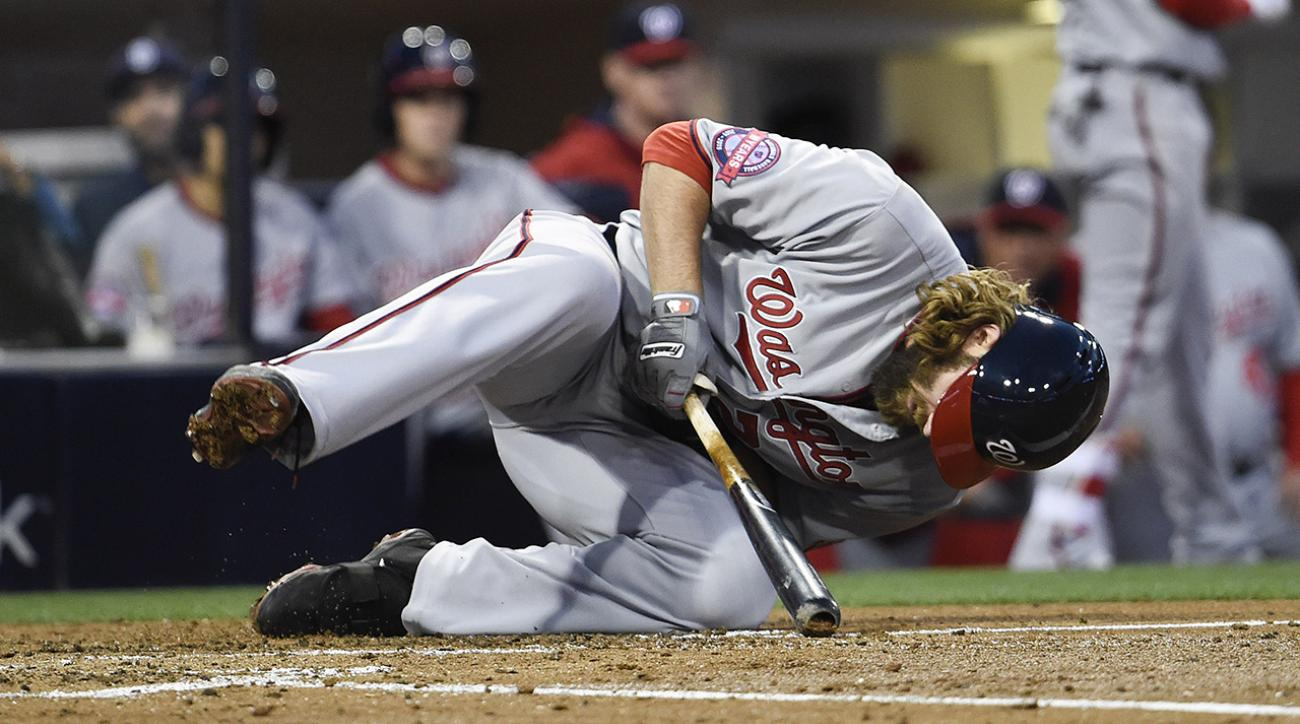 Washington Nationals Jayson Werth has two small fractures in wrist