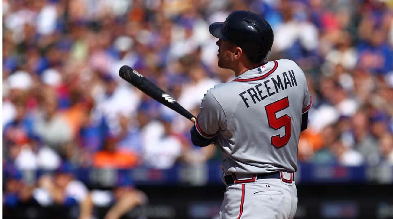 Braves' Freddie Freeman to undergo MRI on wrist IMAGE