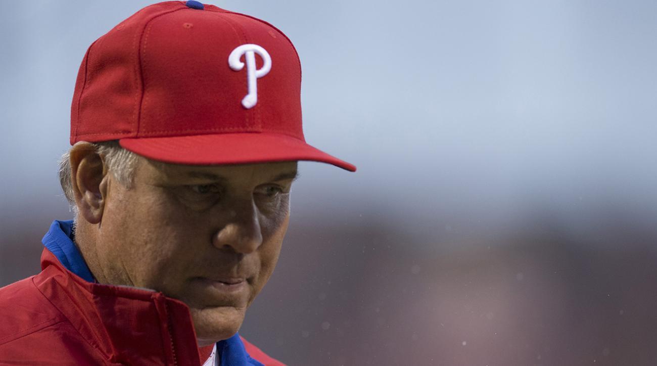 Philadelphia Phillies manager Ryan Sandberg steps down IMAGE