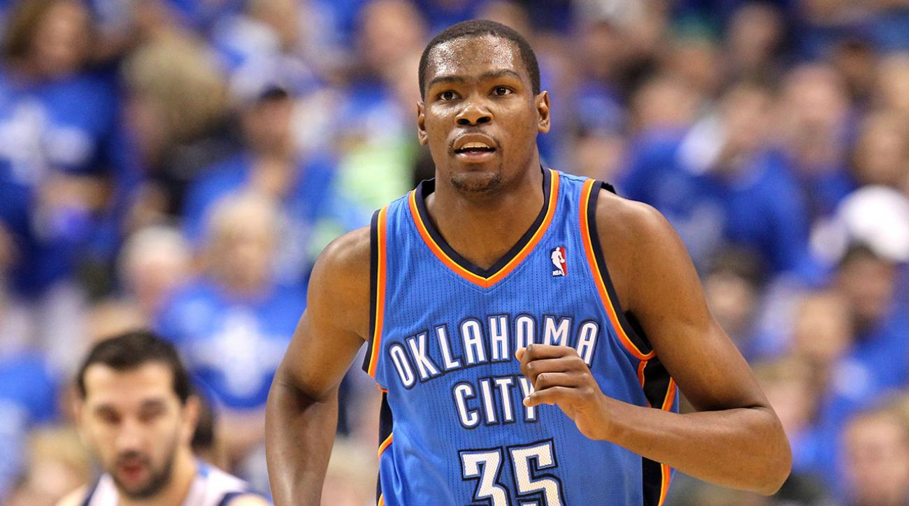 kevin-durant-destroys-kid-playing-pop-a-shot-oklahoma-city-thunder