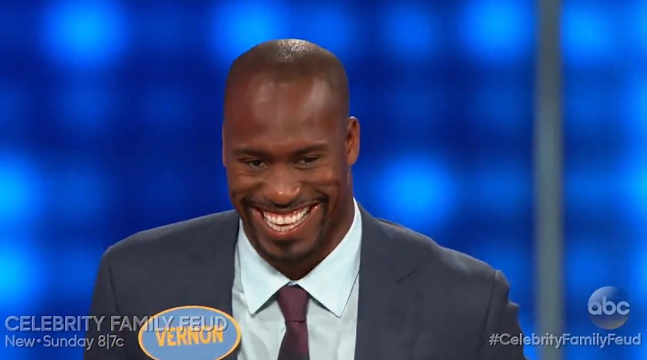 San Francisco 49ers tight end Vernon Davis has some interesting answers on Family Feud. IMAGE