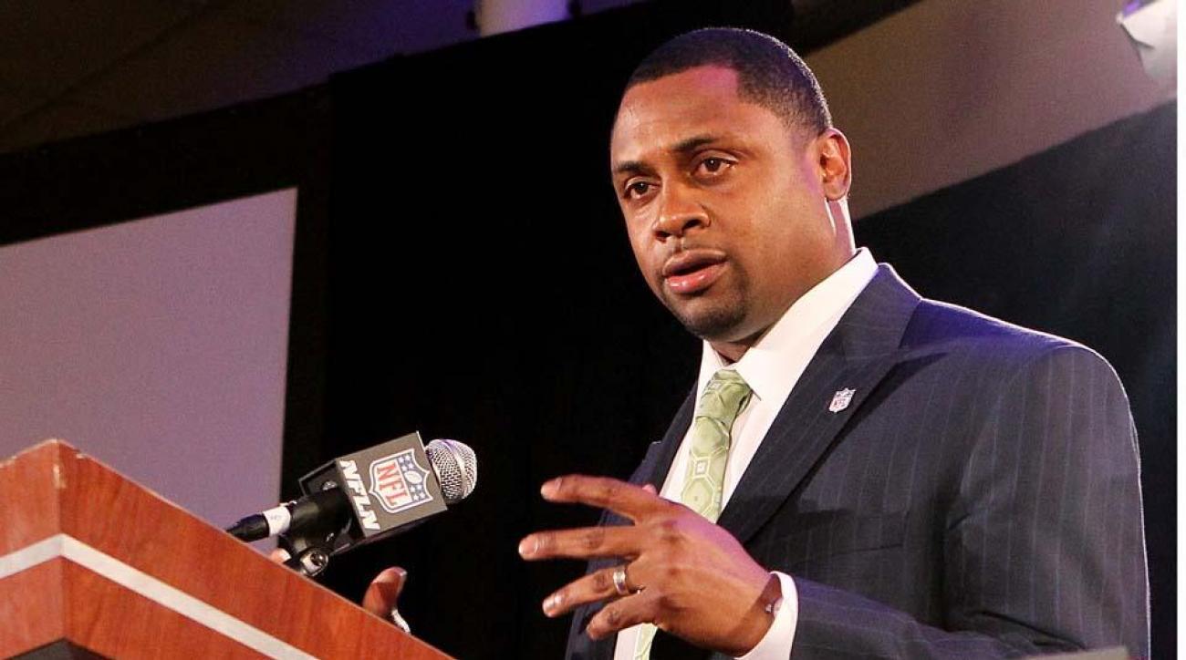 Troy Vincent criticizes NFLPA for spending on lawsuits