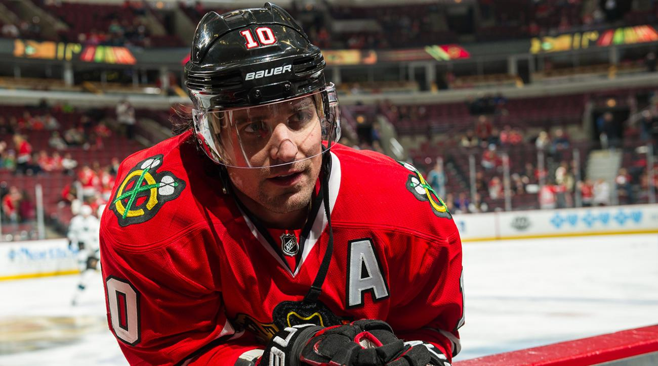 Blackhawks trade Patrick Sharp to Stars