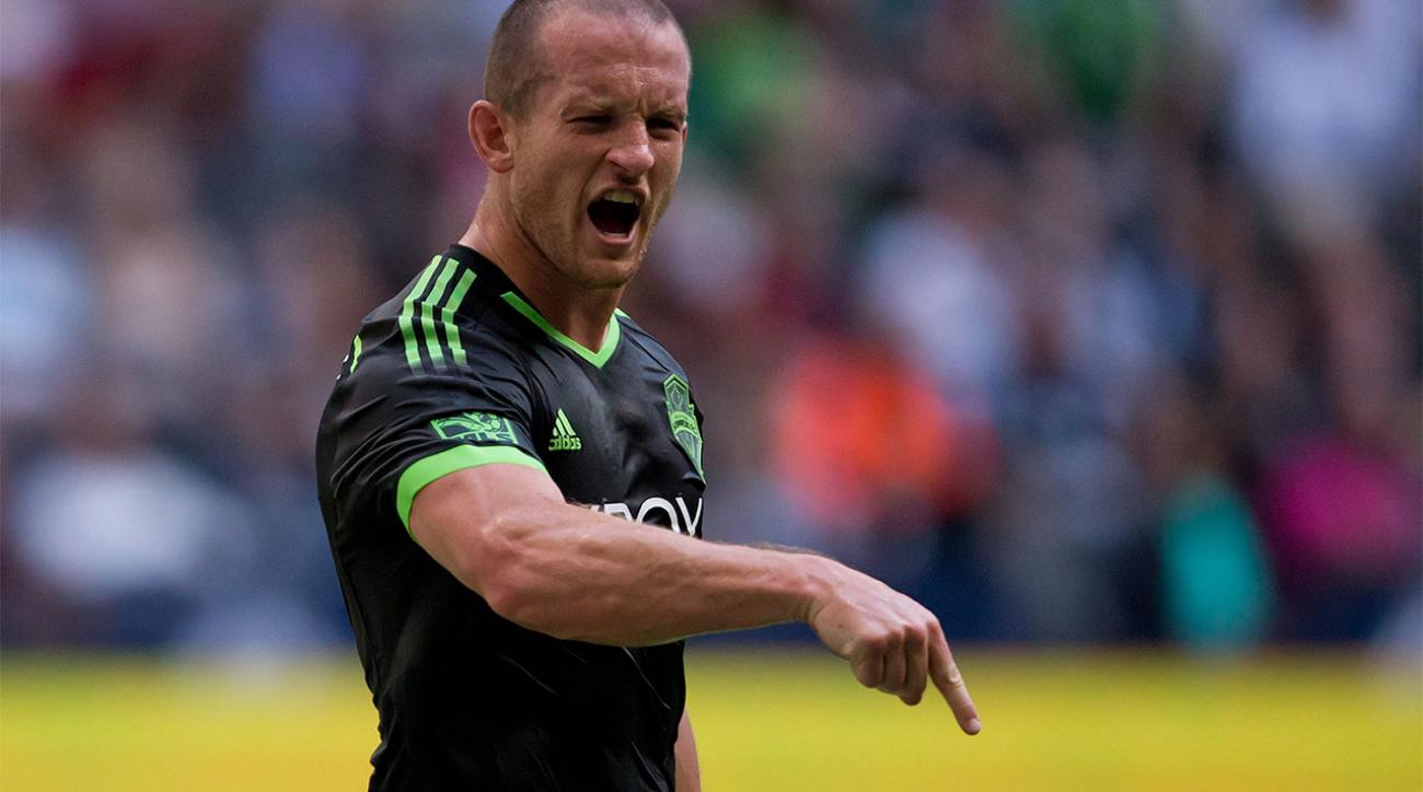 Seattle Sounders Chad Barrett injured while celebrating goal