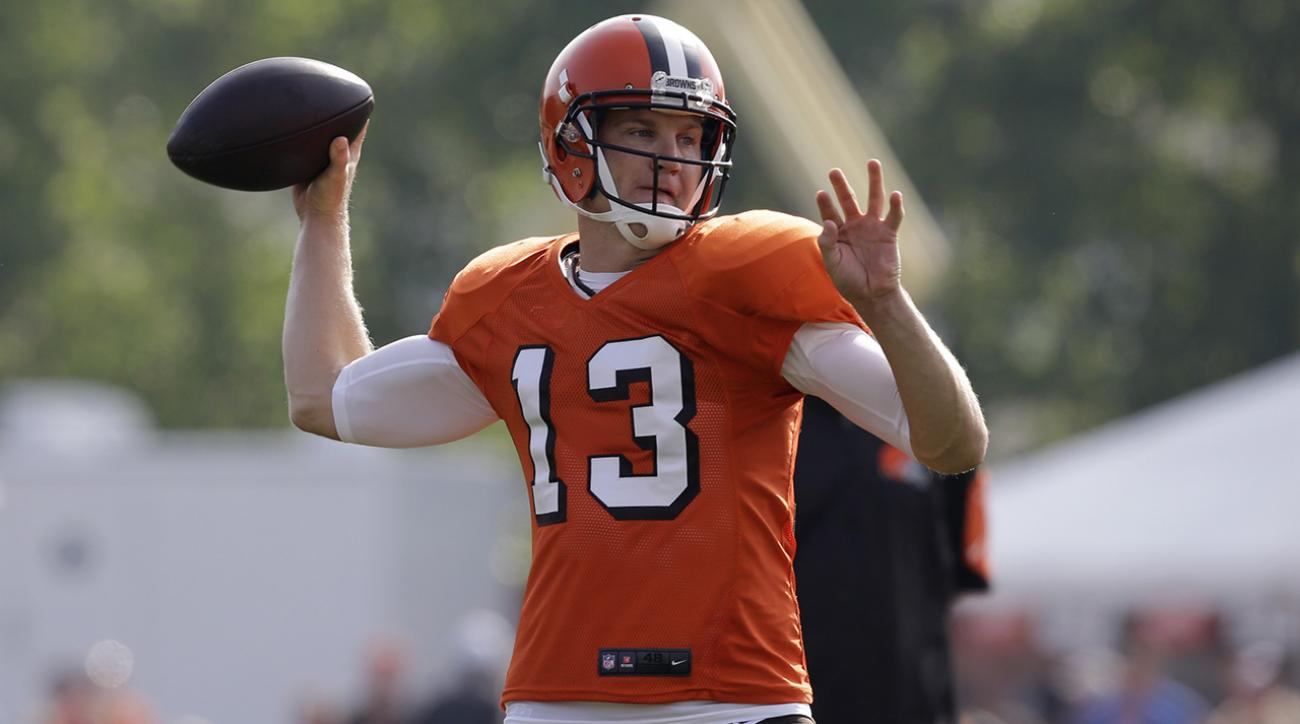 Josh McCown still holding down Browns QB job