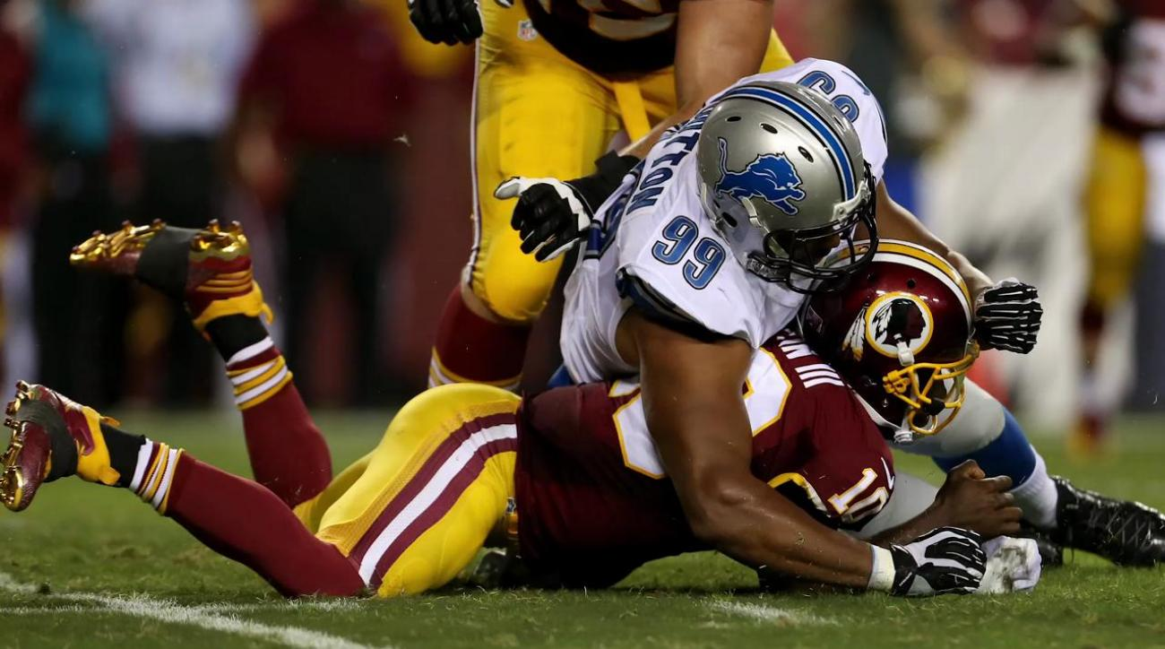 Washington QB Robert Griffin III injured in game against Detroit IMAGE