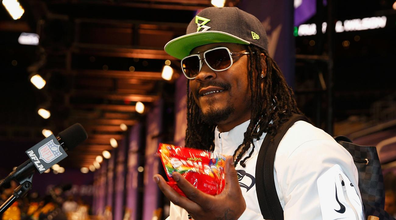 Marshawn Lynch sells Skittles on home shopping channel