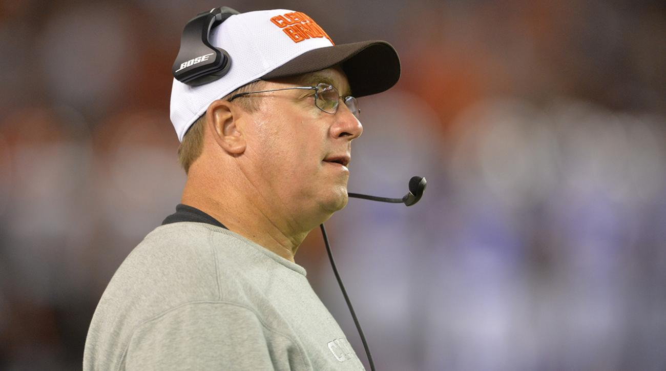 Cleveland Browns OL coach Andy Moeller suspended indefinitely