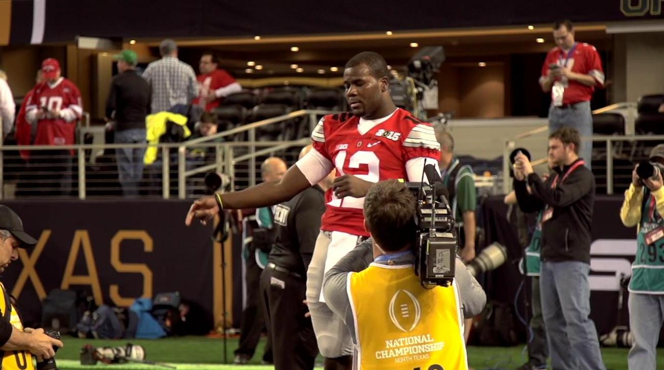 Cardale Jones starts at quarterback for Ohio State IMAGE