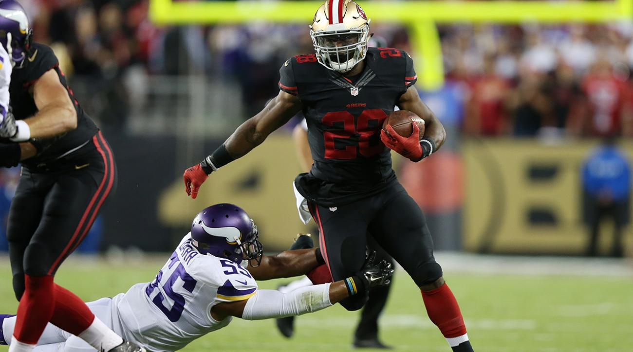 Hyde steals spotlight from Peterson's return as 49ers dominate Vikings
