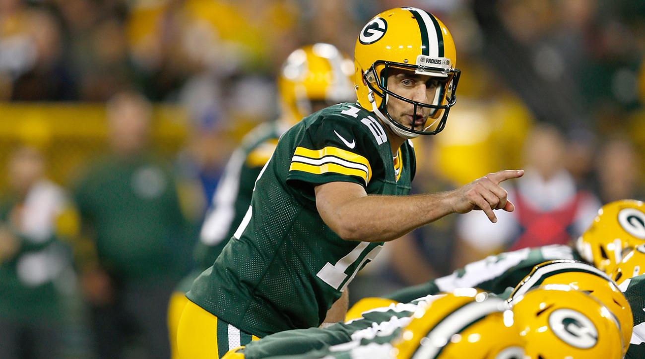 Rodgers, Packers beat Chiefs, remain undefeated
