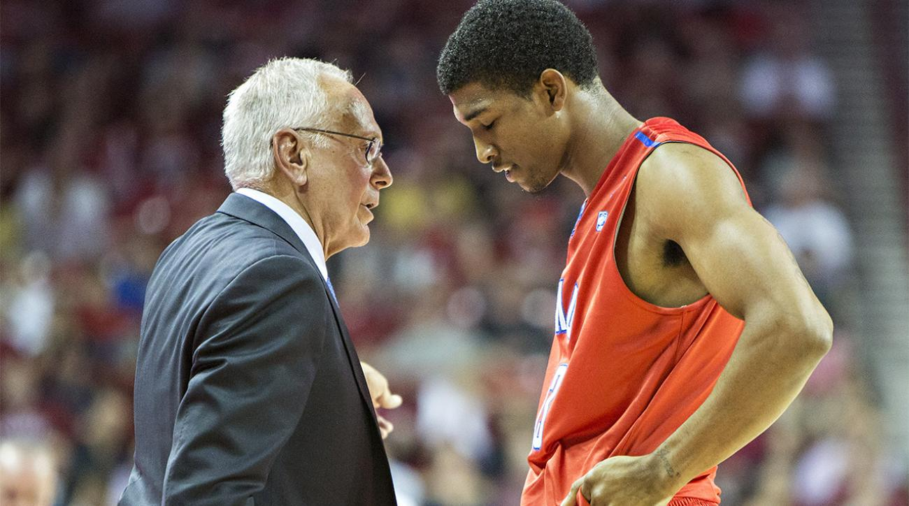 SMU hit with 2016 postseason ban, Larry Brown suspended