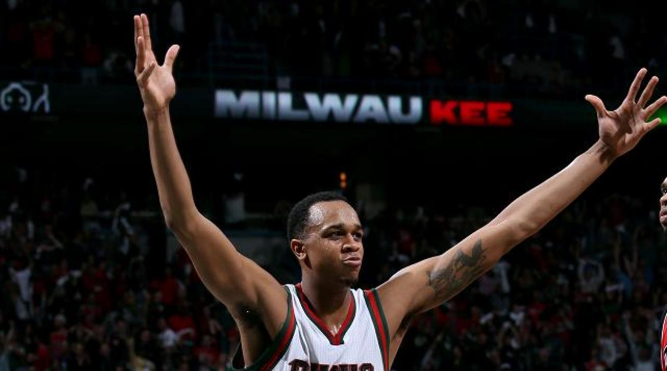 Report: Bucks, John Henson agree to four-year, $44 million extension IMAGE