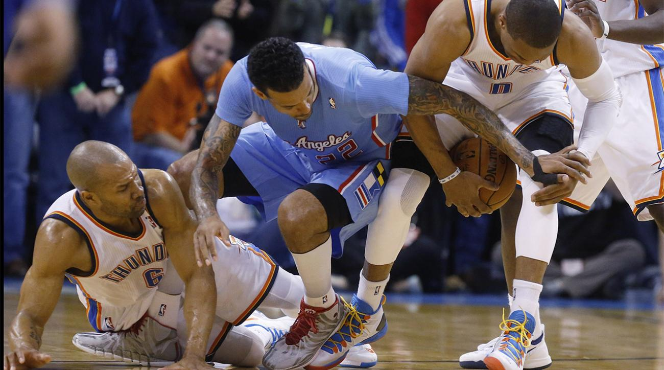 Report: Matt Barnes, Derek Fisher had physical confrontation