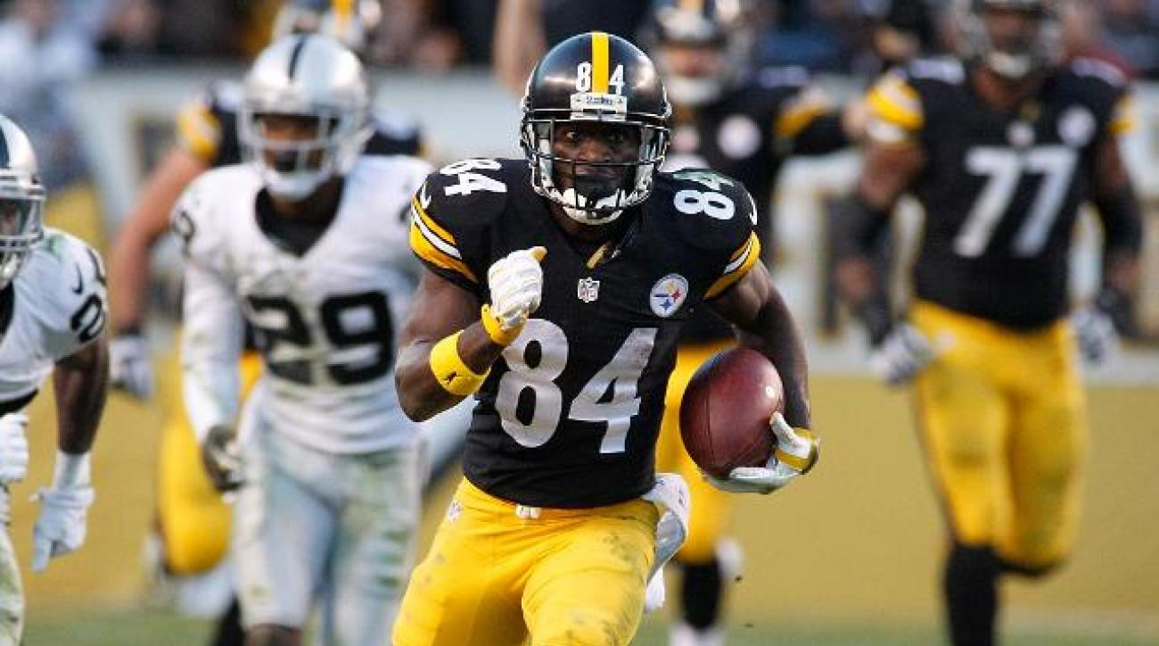 Steelers WR Antonio Brown totals 306 yards in win over Raiders IMAGE