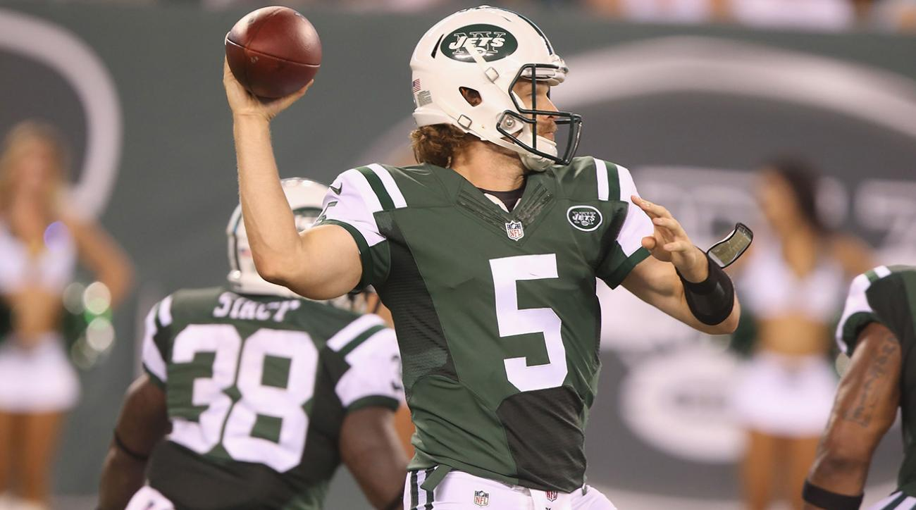 Saints sign QB Matt Flynn, backup Luke McCown (back) out for season IMAGE
