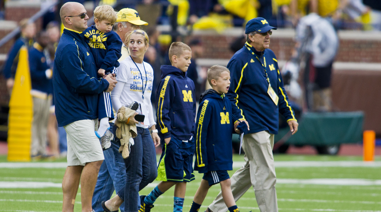 Grandson of former Michigan coach Lloyd Carr passes away