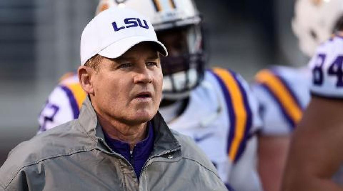 #DearAndy: Firing Les Miles, CFP trolls, and watching the world burn