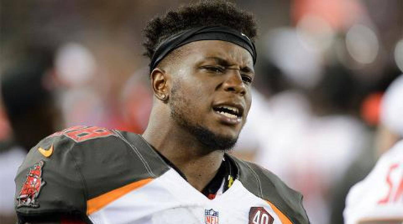 Report: Bucs LB Kwon Alexander to start suspension for PED violation IMAGE