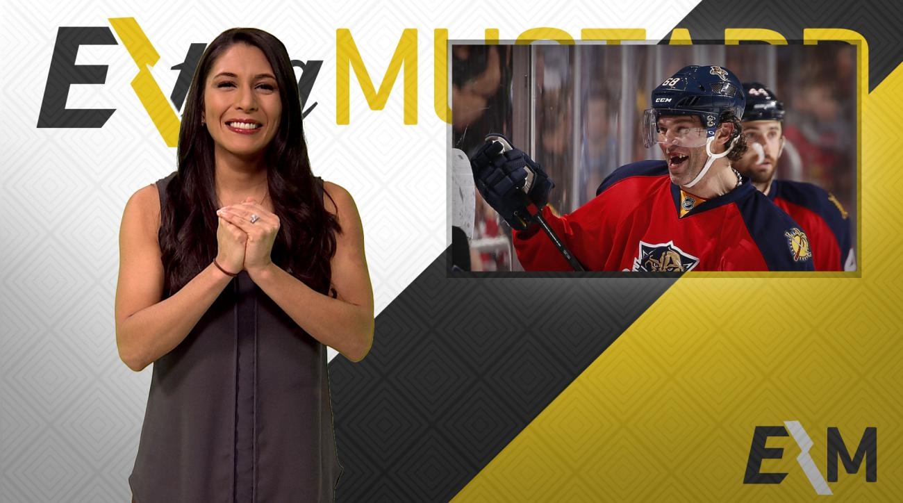 Mustard Minute: Jaromir Jagr and NHL broadcaster bring Christmas to the ice IMG