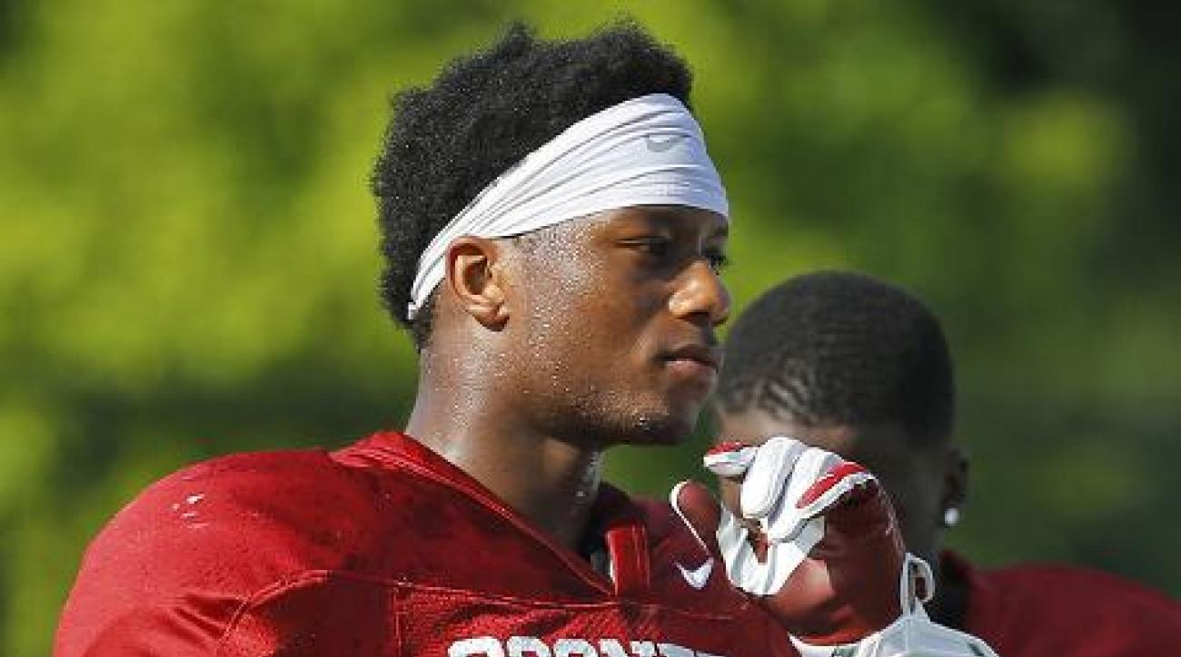 Oklahoma RB Joe Mixon avoids domestic abuse questions