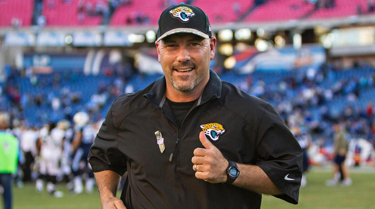 Jacksonville Jaguars extend head coach Gus Bradley