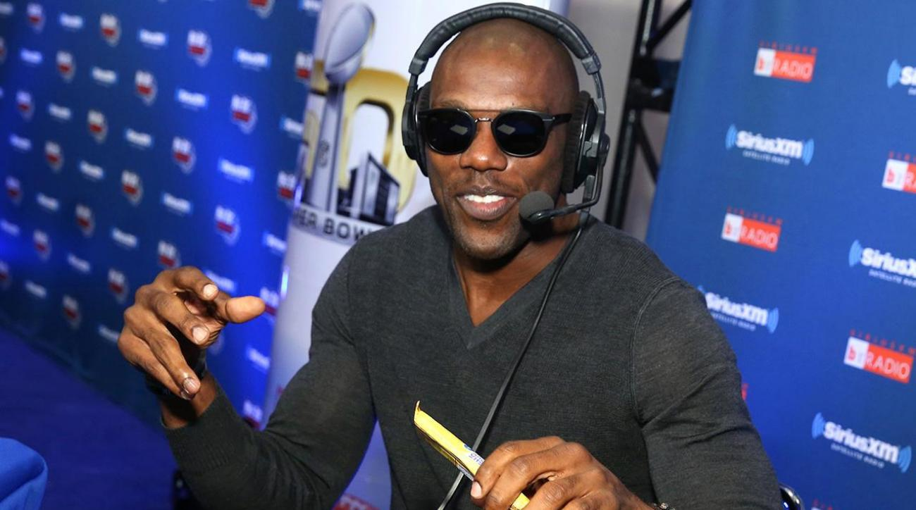 Terrell Owens: Cris Carter 'begged' way into Hall of Fame