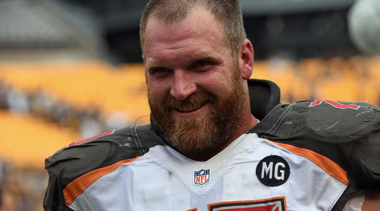 Guard Logan Mankins retires after 11 seasons in NFL