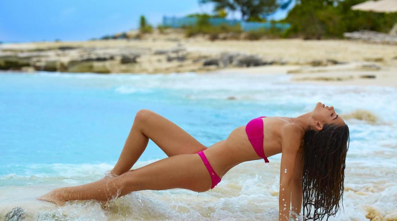 Lily Aldridge Swimsuit 2016 Outtakes