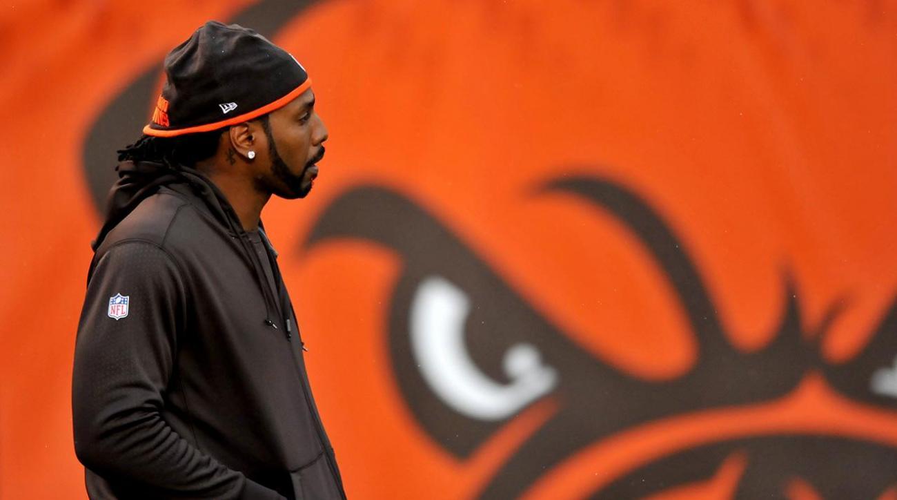 Browns release Karlos Dansby, Dwayne Bowe