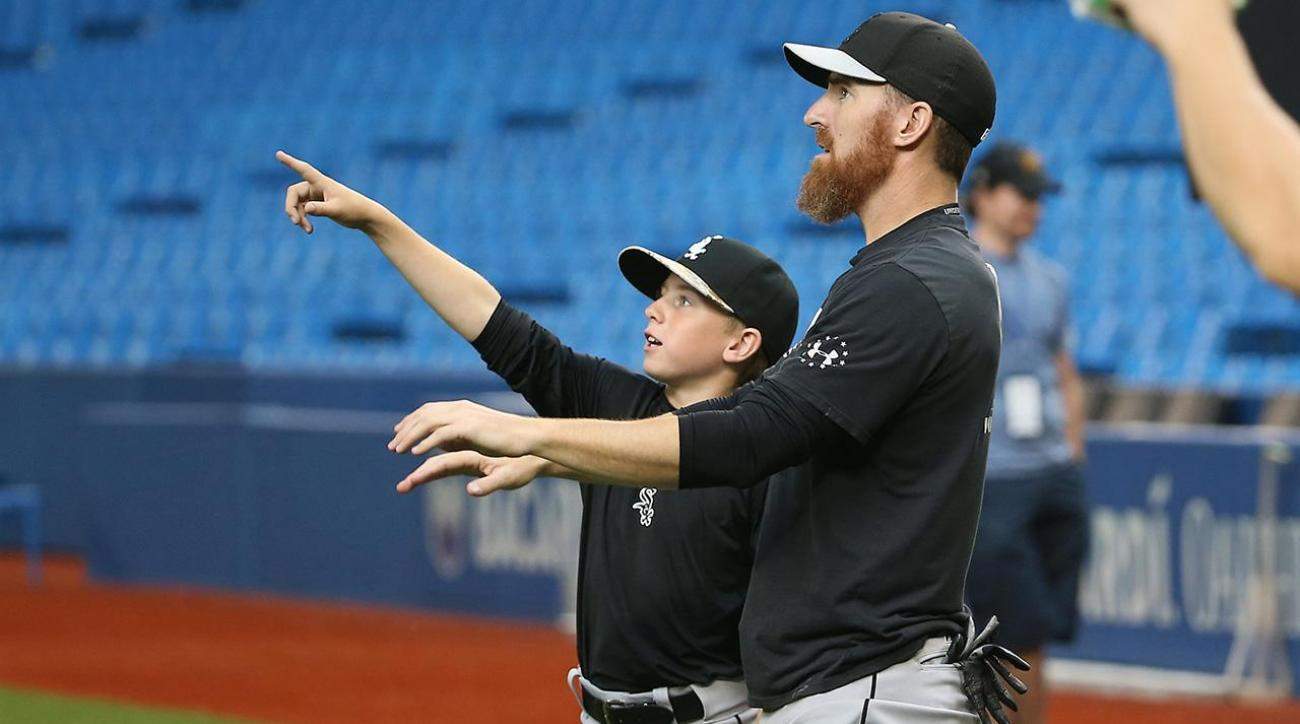 Report: Adam LaRoche chose to retire because son wasn't welcome