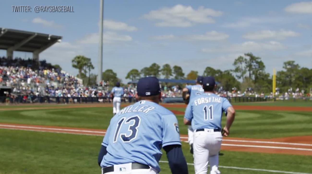 Rays prospect reunites with family in Cuba IMAGE