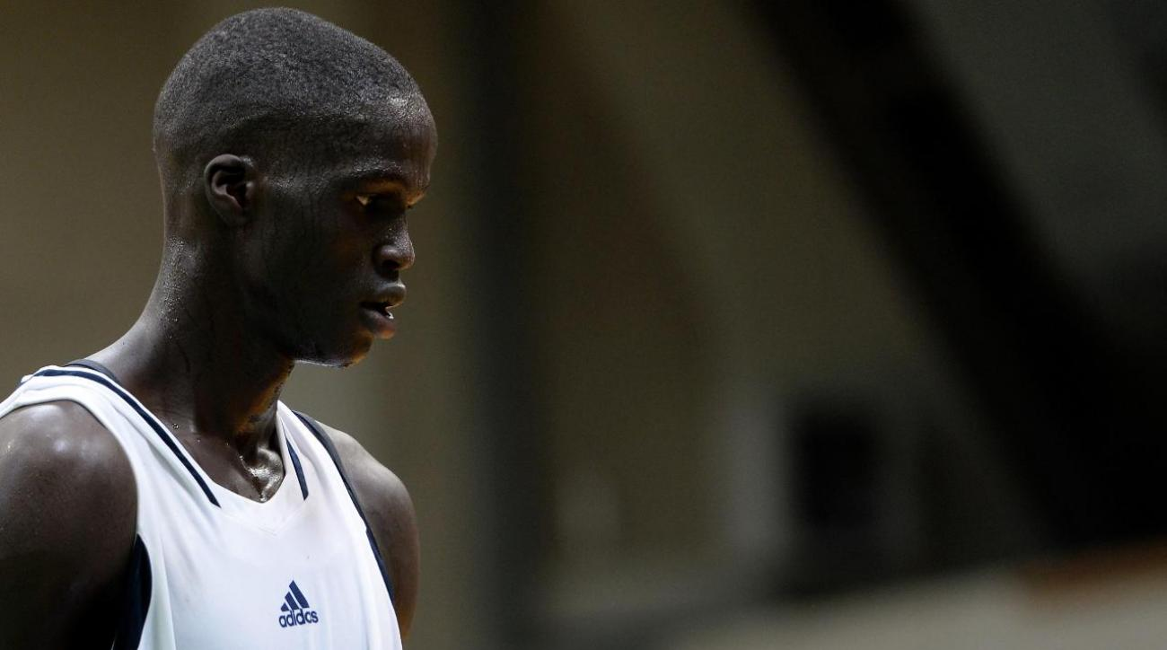 Top prep prospect Thon Maker to apply to enter NBA draft