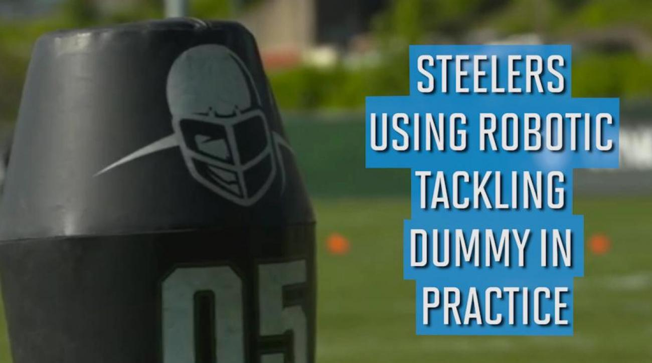 Steelers using robotic tackling dummy in practice