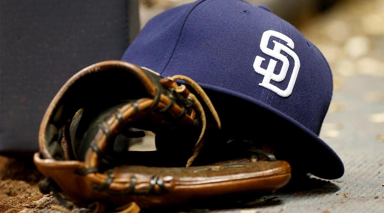 San Diego Gay Men's Chorus blasts Padres IMAGE