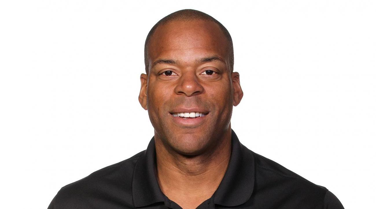Former 76ers assistant, NBA center Sean Rooks dead at 46