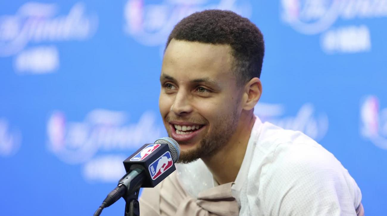 Steph Curry shuts down report of needing surgery