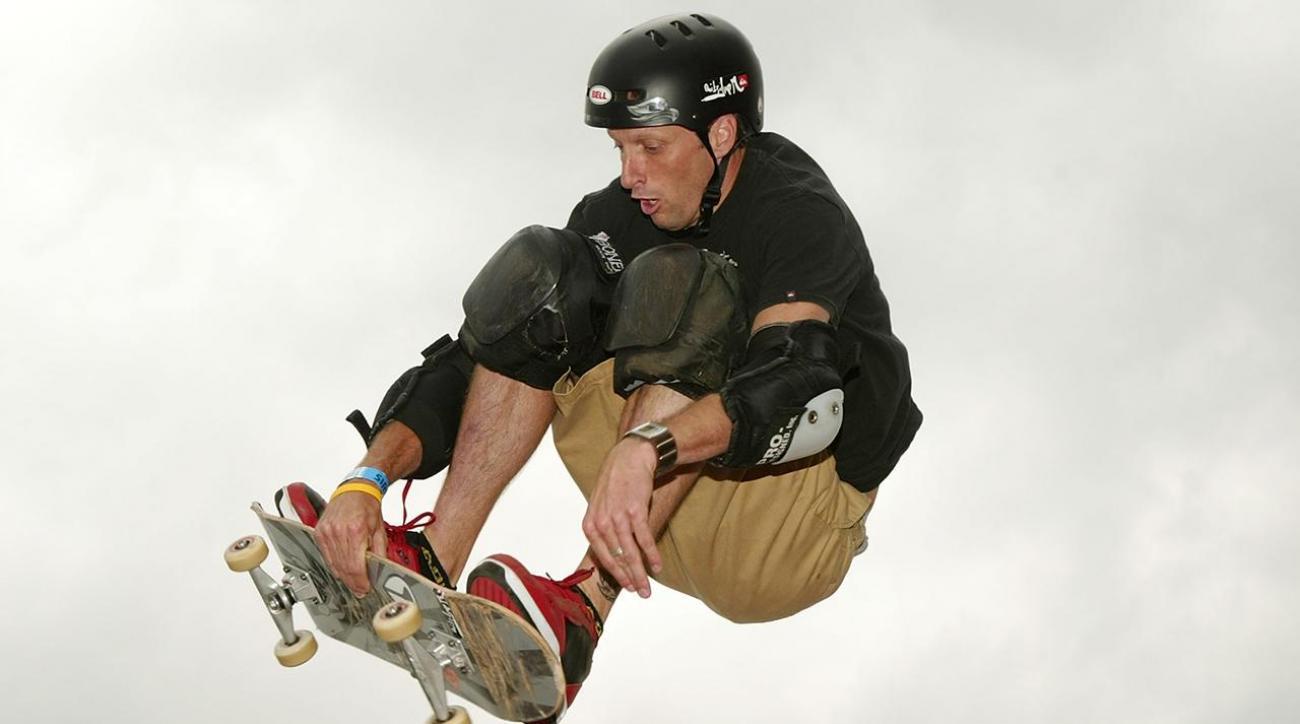 Tony Hawk lands 900 at age 48 IMAGE