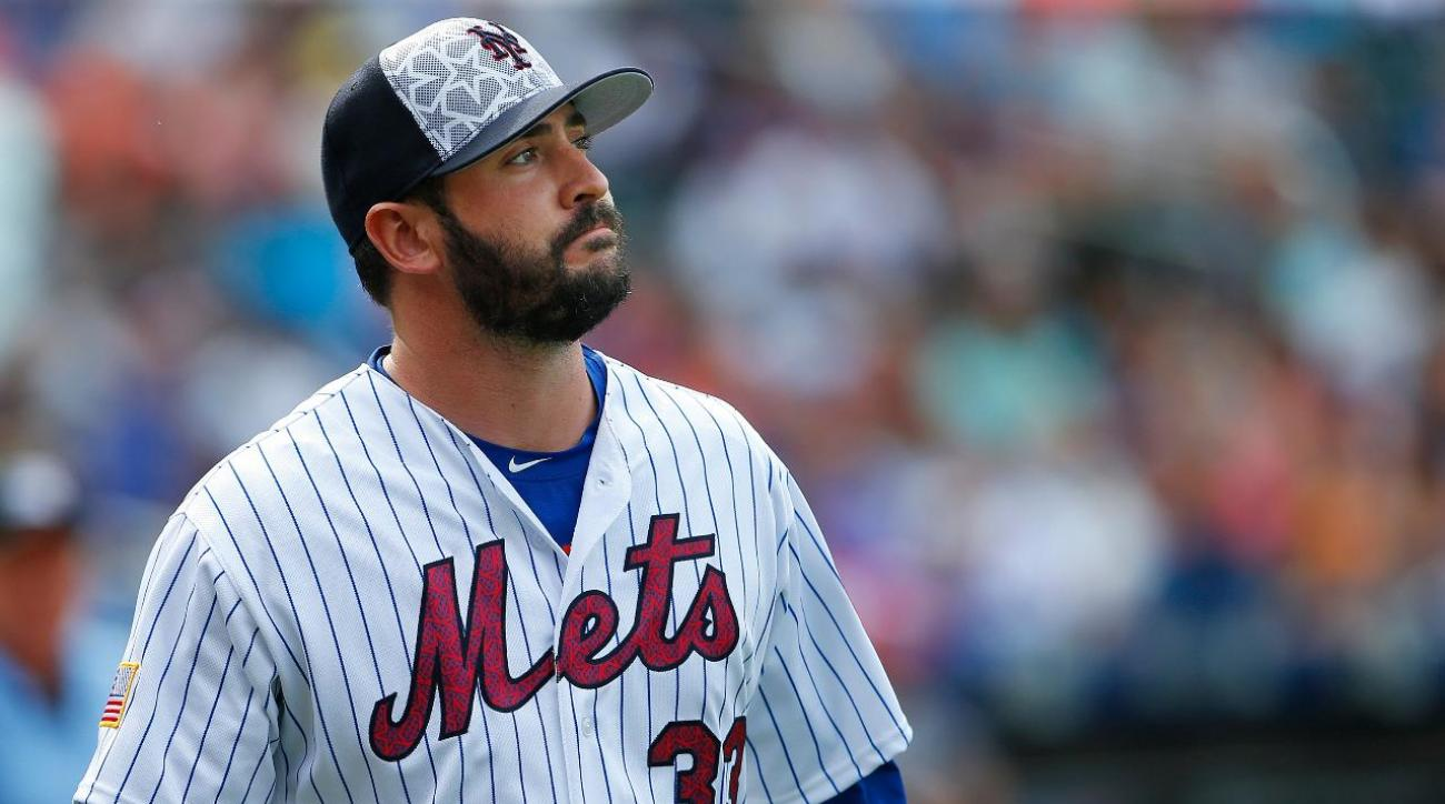 Matt Harvey placed on DL with shoulder discomfort
