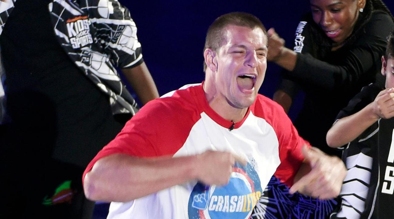 Rob Gronkowski joins Paul McCartney on stage at Fenway Park