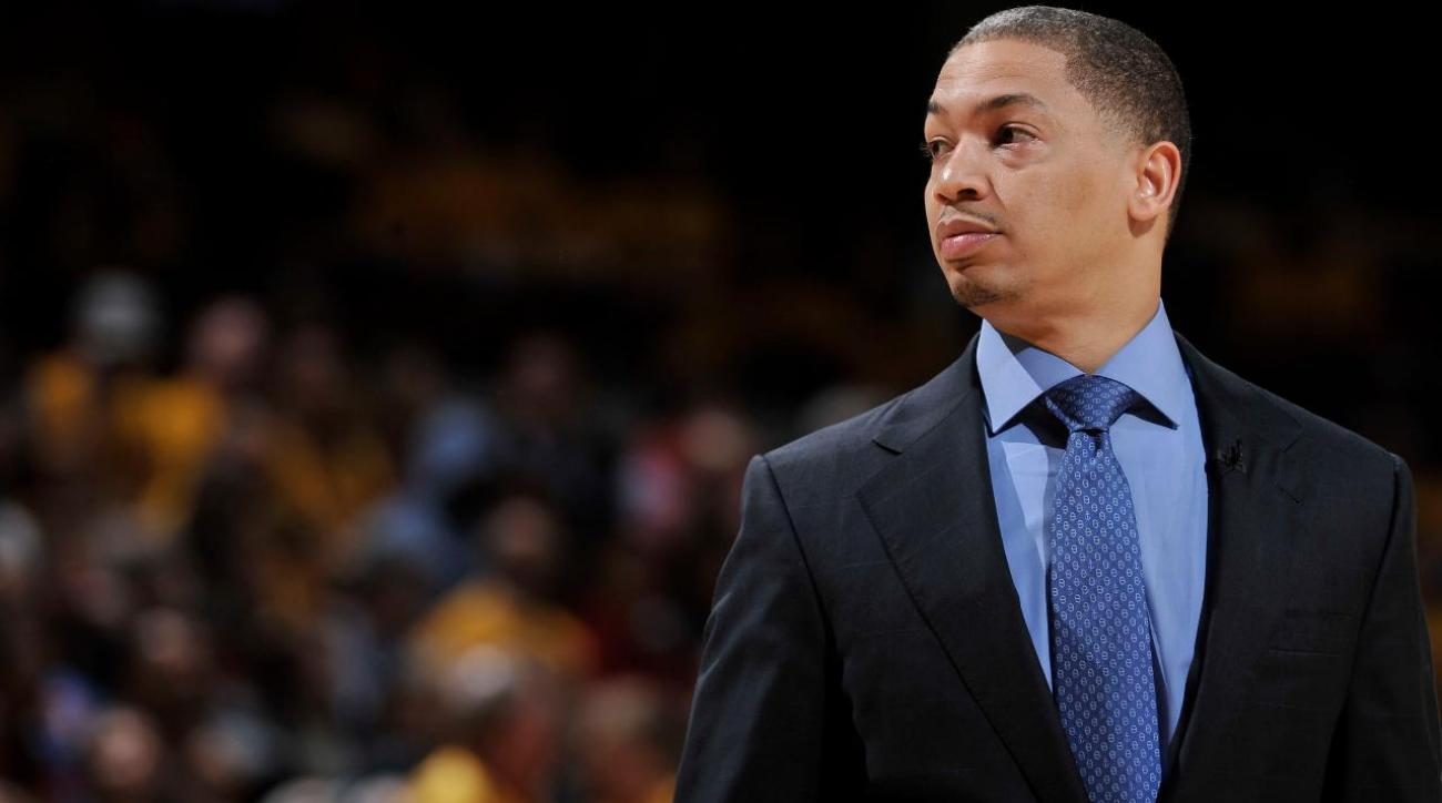 Cavs head coach Tyronn Lue signs five-year, $35M extension