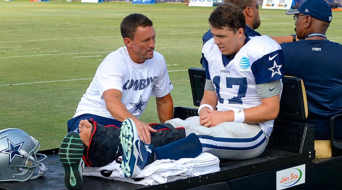 Cowboys QB Kellen Moore suffers broken leg during practice