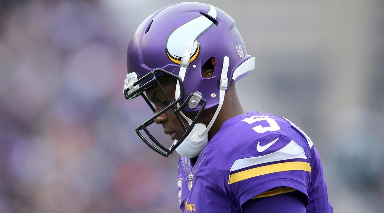 Teddy Bridgewater suffers injury during Vikings practice