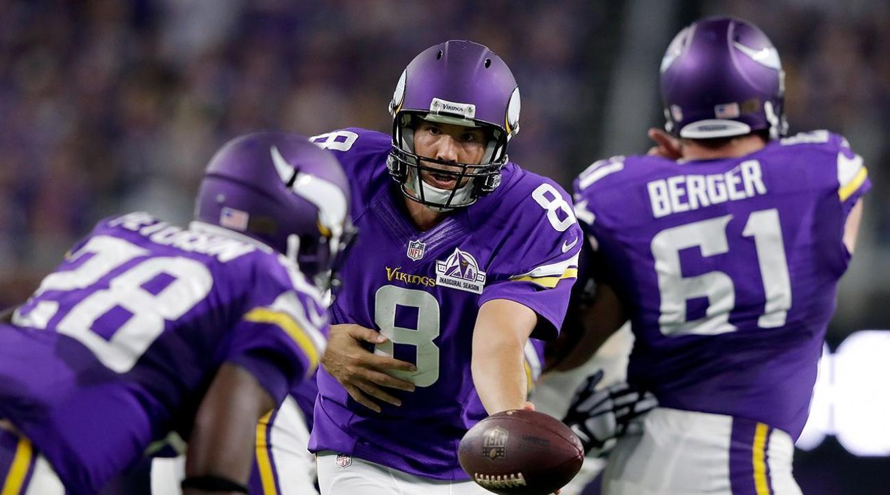 Sam Bradford shines in Vikings debut