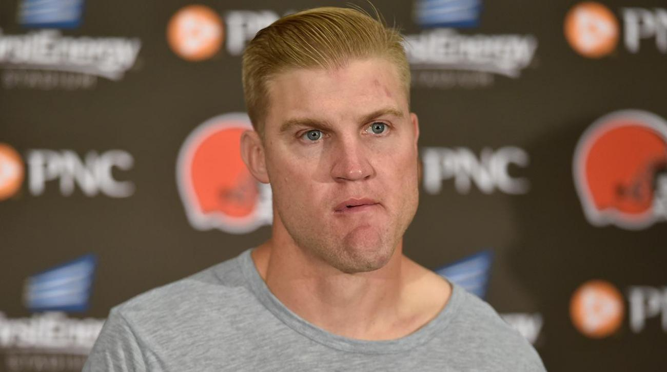 Josh McCown discusses why he played through shoulder injury