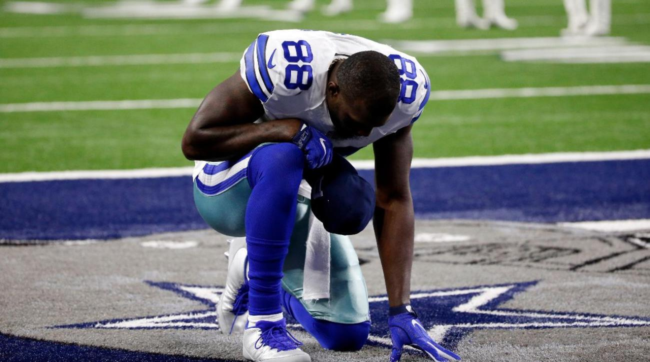 Cowboys WR Dez Bryant has hairline fracture in knee