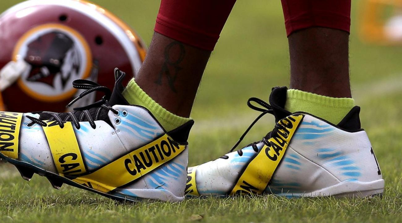DeSean Jackson wears caution tape cleats in pregame warmups